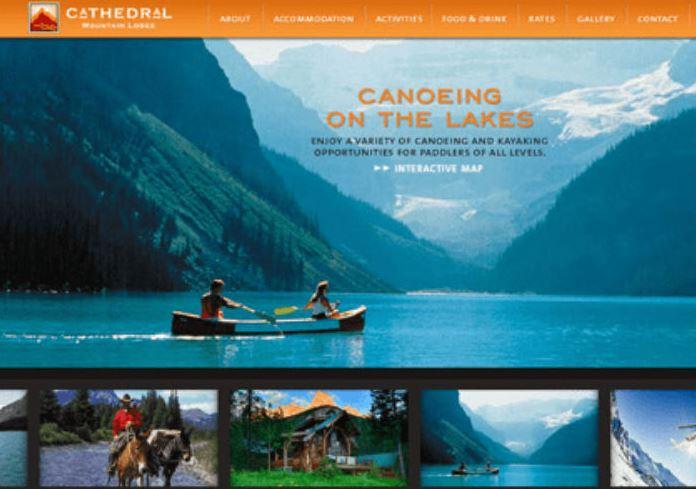 Mẫu website du lịch đẹp, hình ảnh bắt mắt sẽ thu hút tương tác hơn.