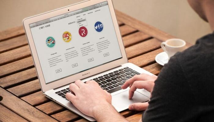 Lợi ích sử dụng phần mềm thiết kế website kéo thả